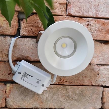 Đèn Led âm trần tròn Alpha Series 8.6W lỗ khoét 100 NNP72243/ NNP72253/ NNP72286 Panasonic